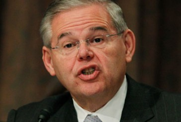 Menendez pushes immigration reform