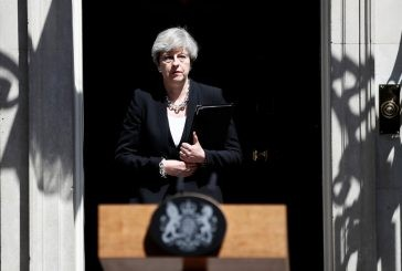 Theresa May trata atropelamento em Londres como terrorismo